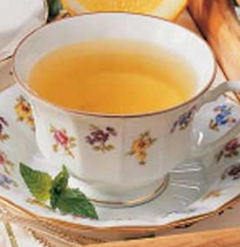 Homemade Spearmint Tea