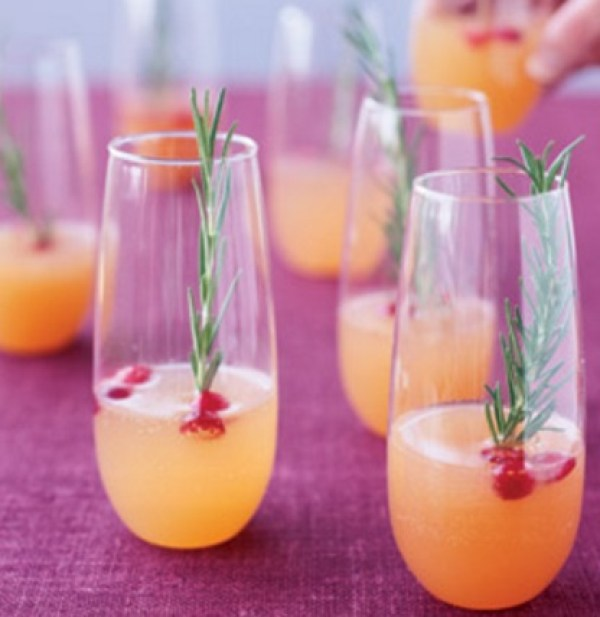 Versus Viva the Sun Wine Cocktail