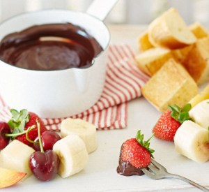 Top 10 Skewer Dipping Recipes for Chocolate Fondue Day