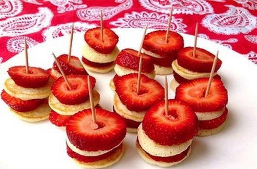 Strawberry Pancake Bites