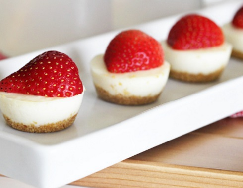 Strawberry Lemonade Tart Bites