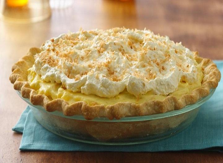 Island-Style Banana Cream Pie