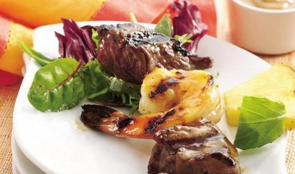 Surf and Turf: Beef Sirloin And Shrimp Kabobs