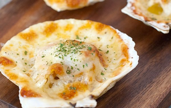 Cheese Covered Baked Scallops