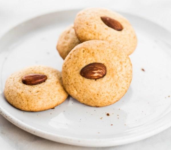 Chinese Honey & Almond Cookies