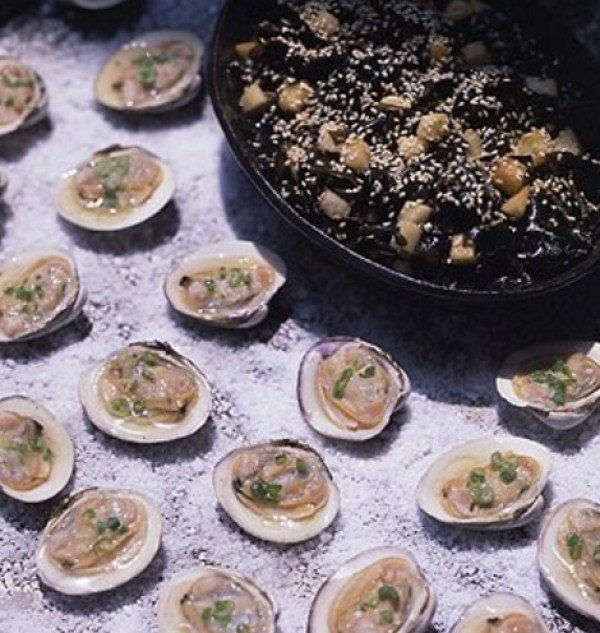 Grilled Clams On The Halfshell