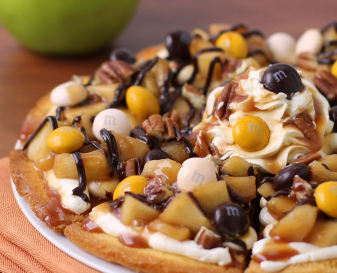 Toasted Pecans Dessert Pizza