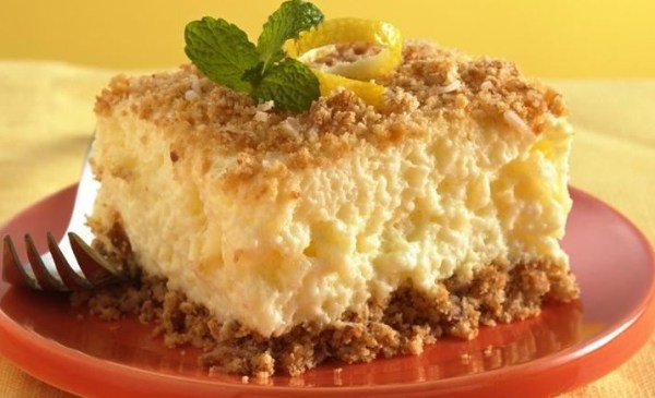 Pineapple & Pecan Dessert Squares