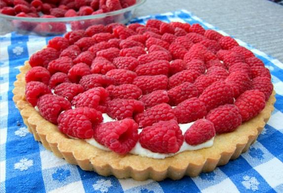 Sour Cream Raspberry Tart