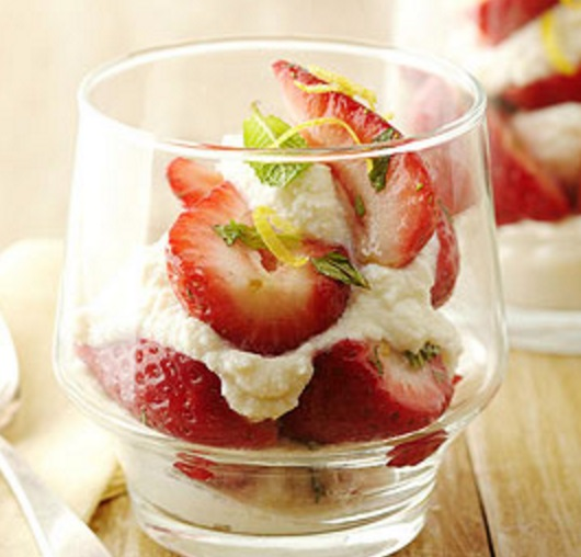 Ricotta & Strawberry Parfait