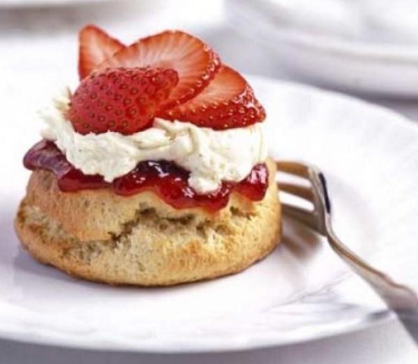 Strawberry & Vanilla Shortcakes