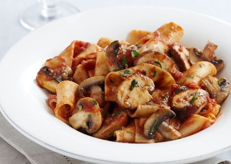 Mushrooms and Red Wine Ragu