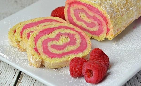 Raspberry Créme Cake Roll