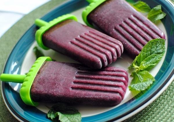 Grape Blueberry & Mint Popsicle