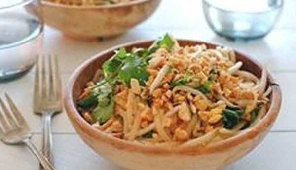 The Worlds Easiest Pad Thai