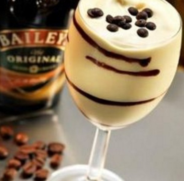 Bailey's & Vanilla Ice Cream Cocktail