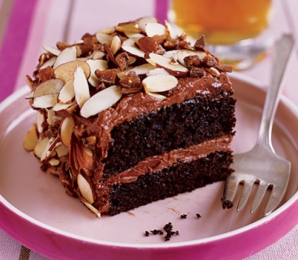 Toffee & Almond Crunch Cake