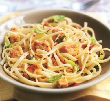 Chicken Pieces With Lemon and Chilli Linguine