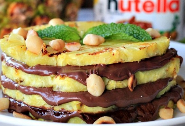 Grilled Pineapple with Nutella & Macadamia Nuts