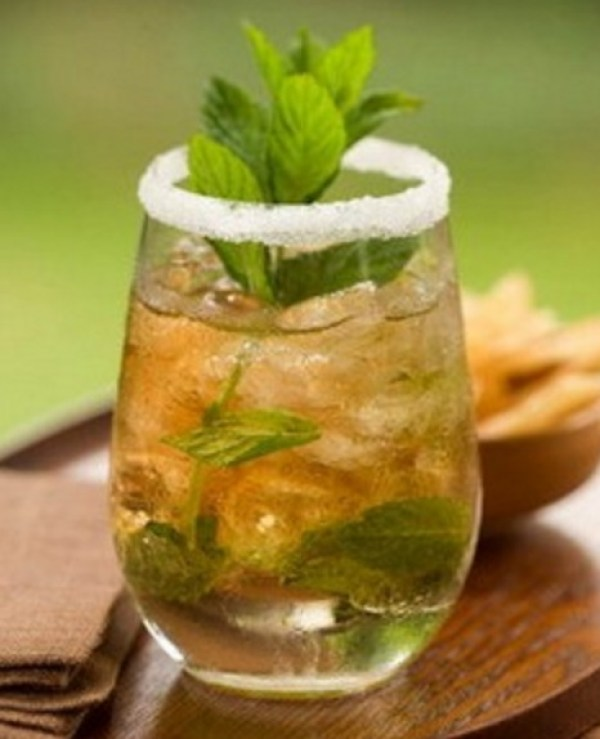 Honey Lime and Mint Iced Tea