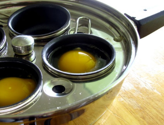 4X Egg Poacher Skillet Set