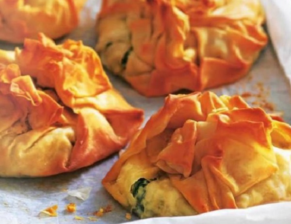 Spinach & Ricotta Filo Pastry Parcels