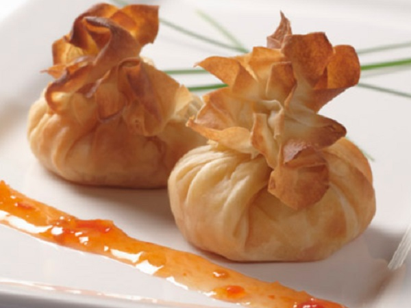 Sweet Chilli, Mango and Ginger Filo Parcels