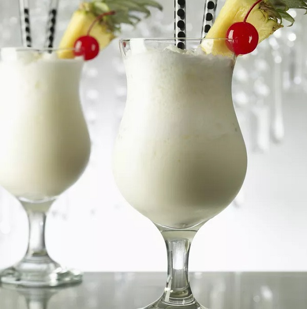 Non-alcoholic Virgin Pina Colada