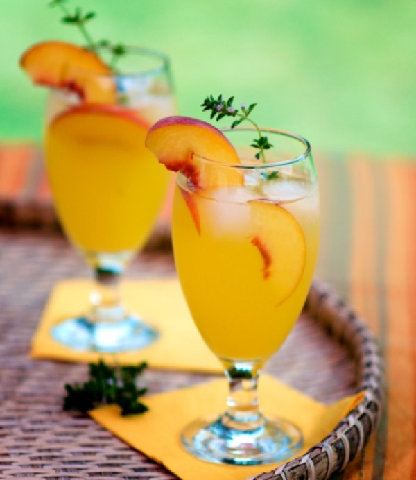 Peach Cooler Cocktail