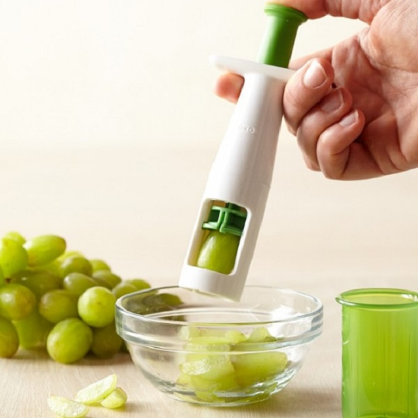 Easy and Quick Grape Slicer
