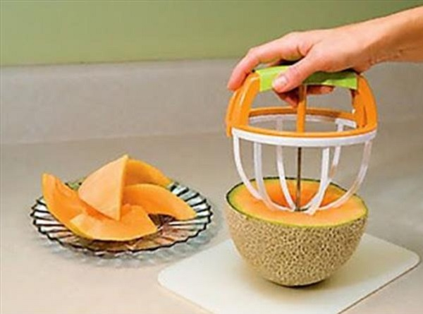 Easy Push Mellon Slicer