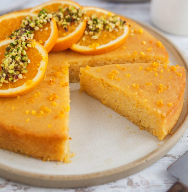 Vegan Freindly & Gluten-Free Orange Polenta Cake