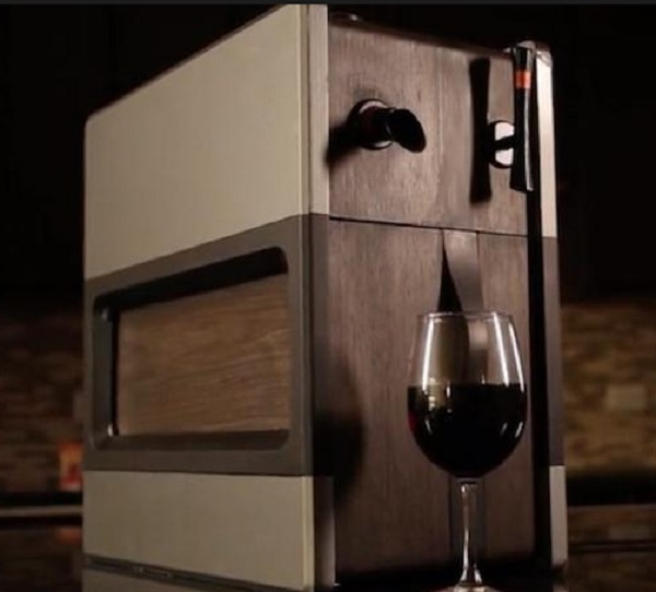 Synek's Smart Wine Dispenser