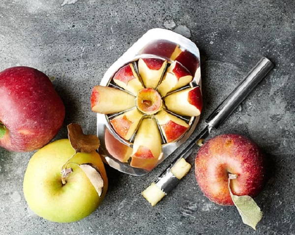 Williams Sonoma Apple Slicer and Core Remover
