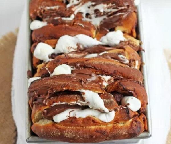 Nutella Smores Pull-apart Bread