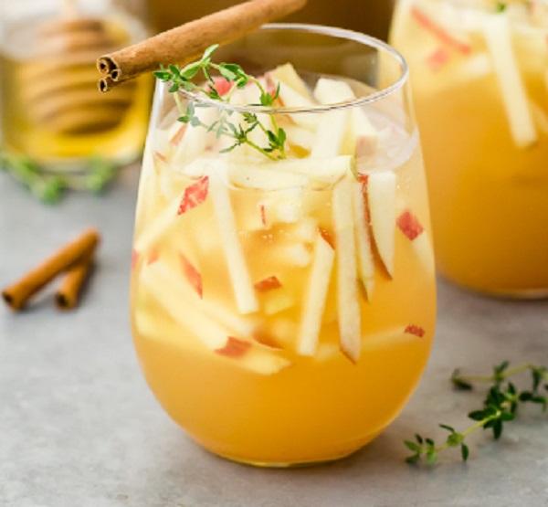 Apple & Gin Autumn Cocktail