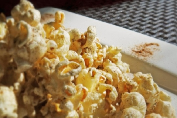 Grandma Elsie's Spiced Holiday Popcorn