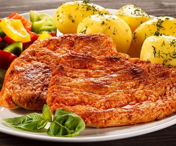 Paprika-Spiced Pork Chops