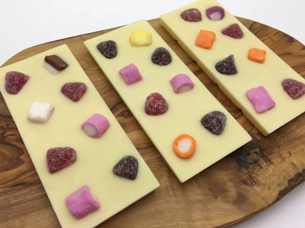 Dolly Mixture White Chocolate Bars