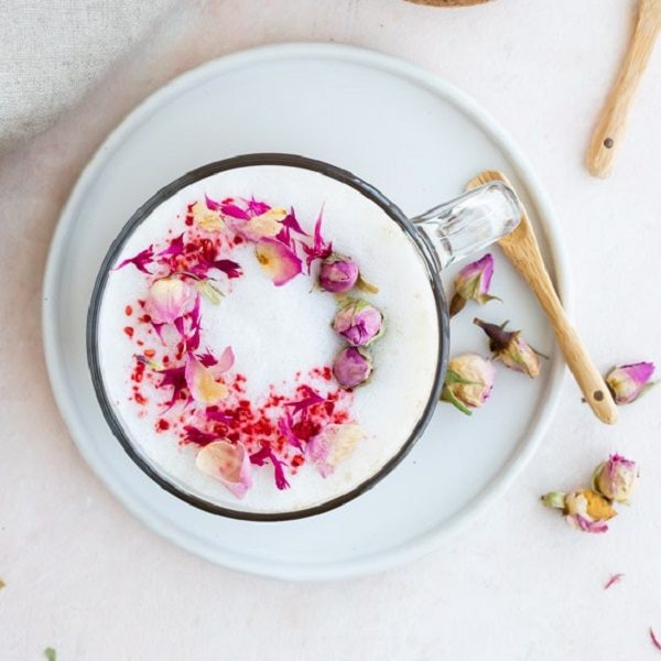Rose Tea Latte