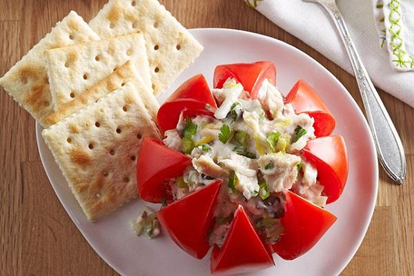Tuna-Stuffed Tomatoes