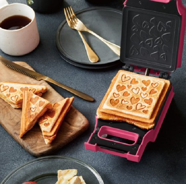 Recolte Quilt Hearts Grilled Cheese Sandwich Toaster