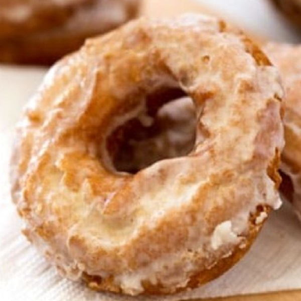 How to Make an Old Fashioned Buttermilk Ring Doughnut