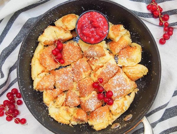 Traditional Austrian Kaiserschmarrn (Torn Pancakes)