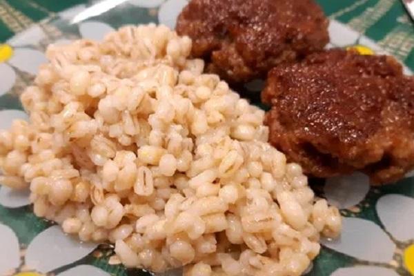 Traditional Estonian Kruubipuder (Barley Meal Porridge)