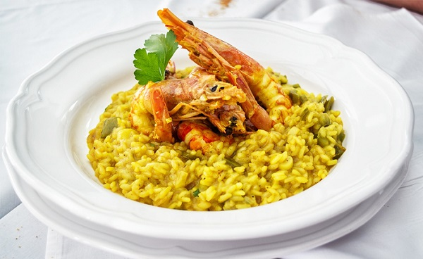 Traditional Swiss Saffron Risotto