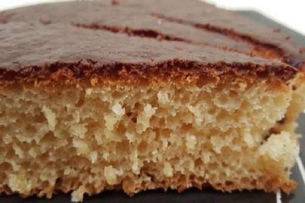 Traditional Albanian Ravani (Sponge Cake)
