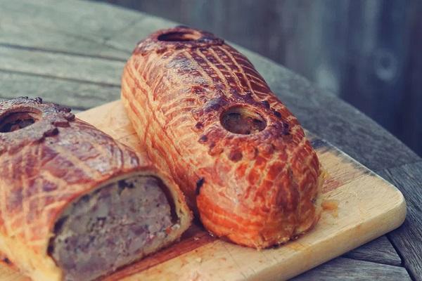 Traditional Luxembourg Rieslingspaschtéit (Pork Pie)
