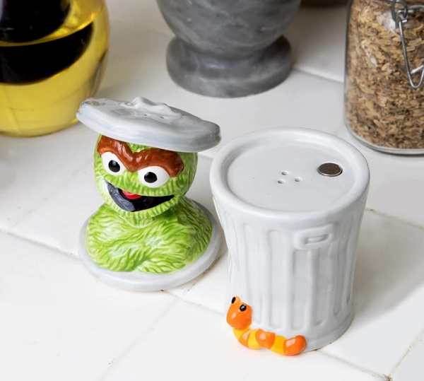 Sesame Street Oscar the Grouch Salt and Pepper Shaker
