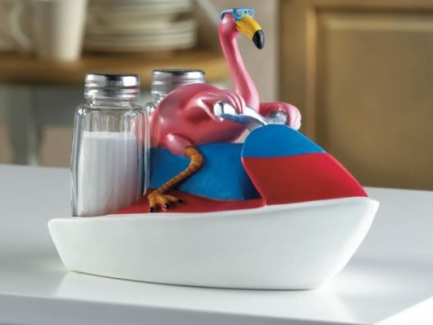Ten Amazing Flamingo Kitchen Gadgets That are Simply Beautiful